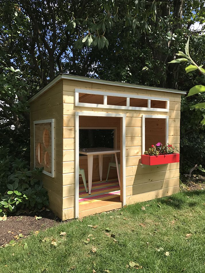 An Easy To Build Diy Outdoor Wood Playhouse Inspired By Blogger Jen Woodhouse Diy Done Right Wood Playhouse Play Houses Diy Playhouse