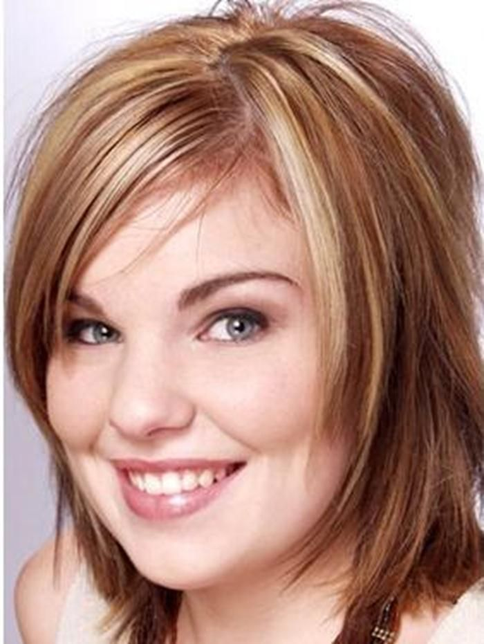 Medium Hairstyles For Round Faces Simple Layeredhairstylesforroundfaces  Medium Hairstyles For Round