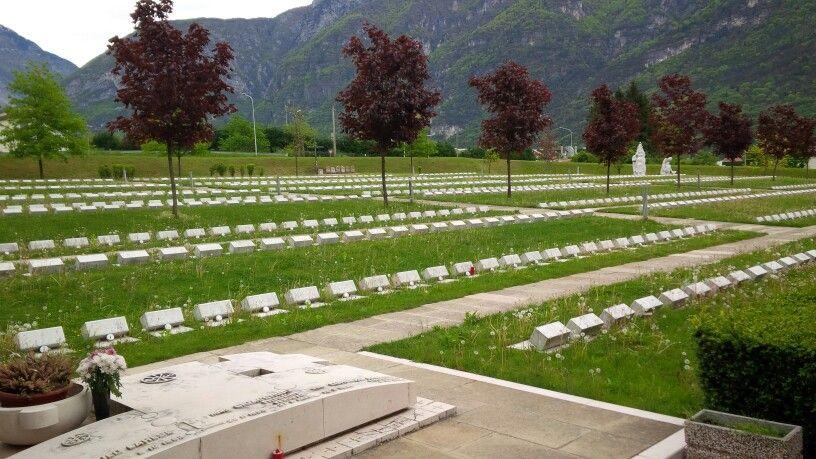 Cimitero dove sono sepolte 2000 vittime della terribile catastrofe del Vajont