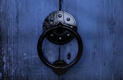 خمس ابواب غامضة لا يستطيع احد فتحها Door Handles Doors Decor