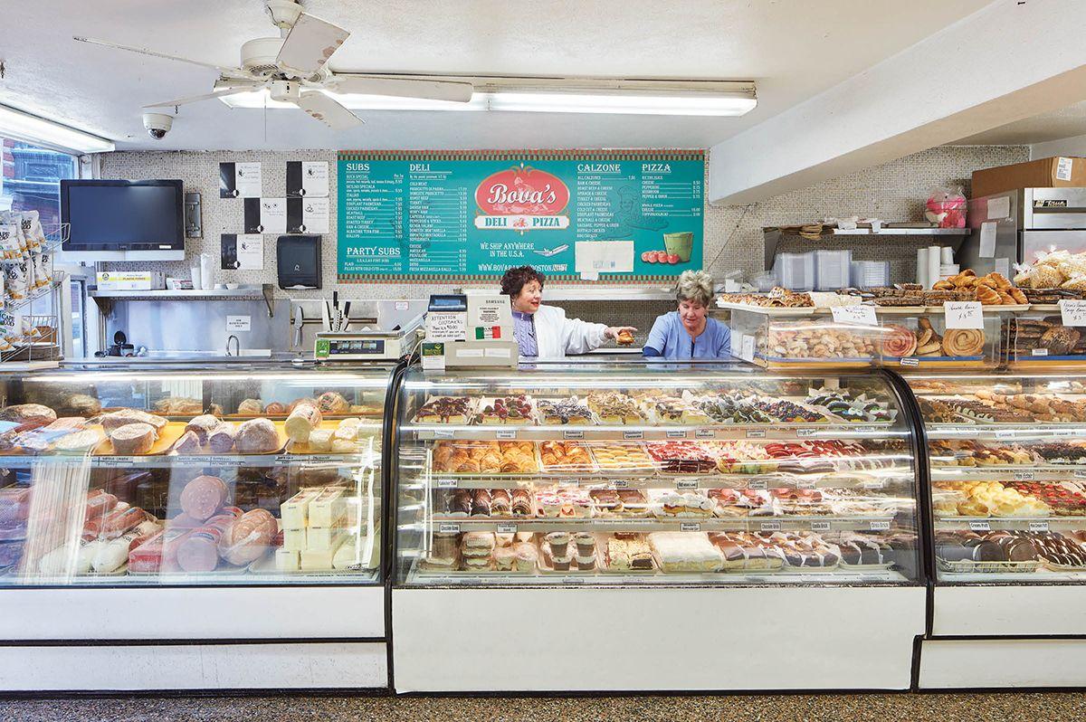 Best North End Restaurants Guide Boston Bova S Bakery
