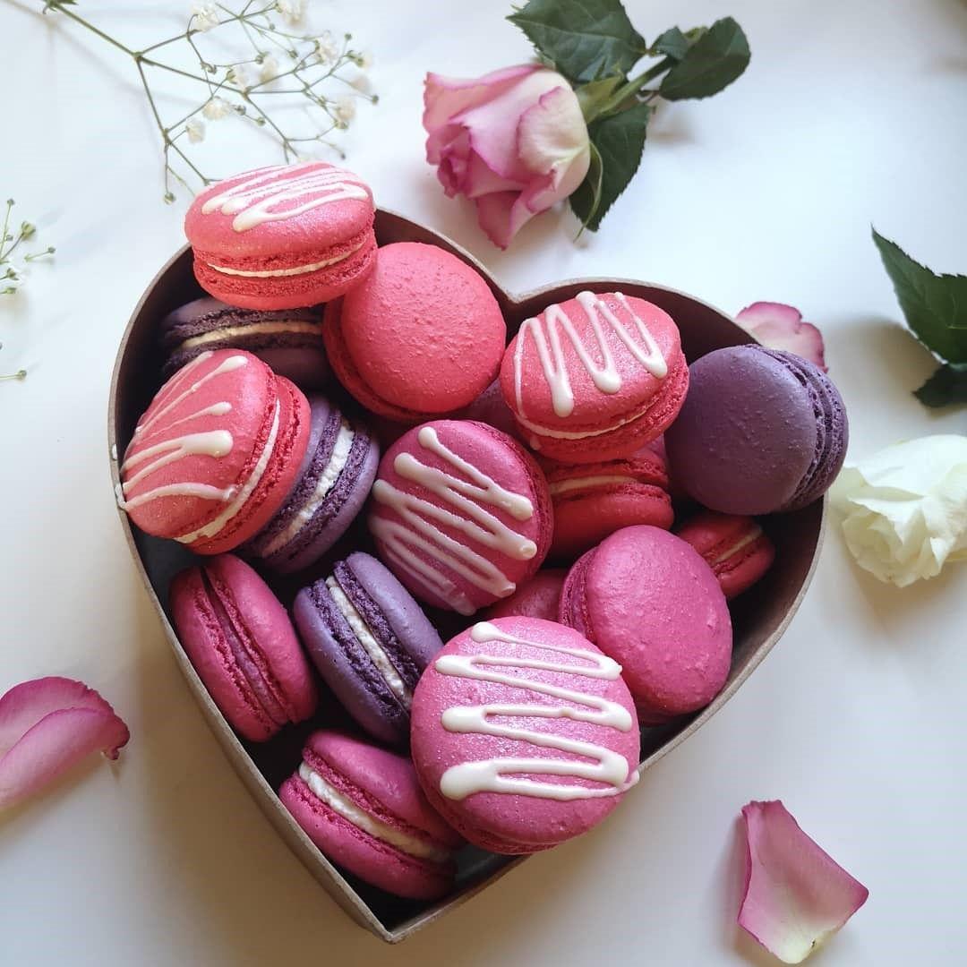 I heart macarons macarons cake yummy treats