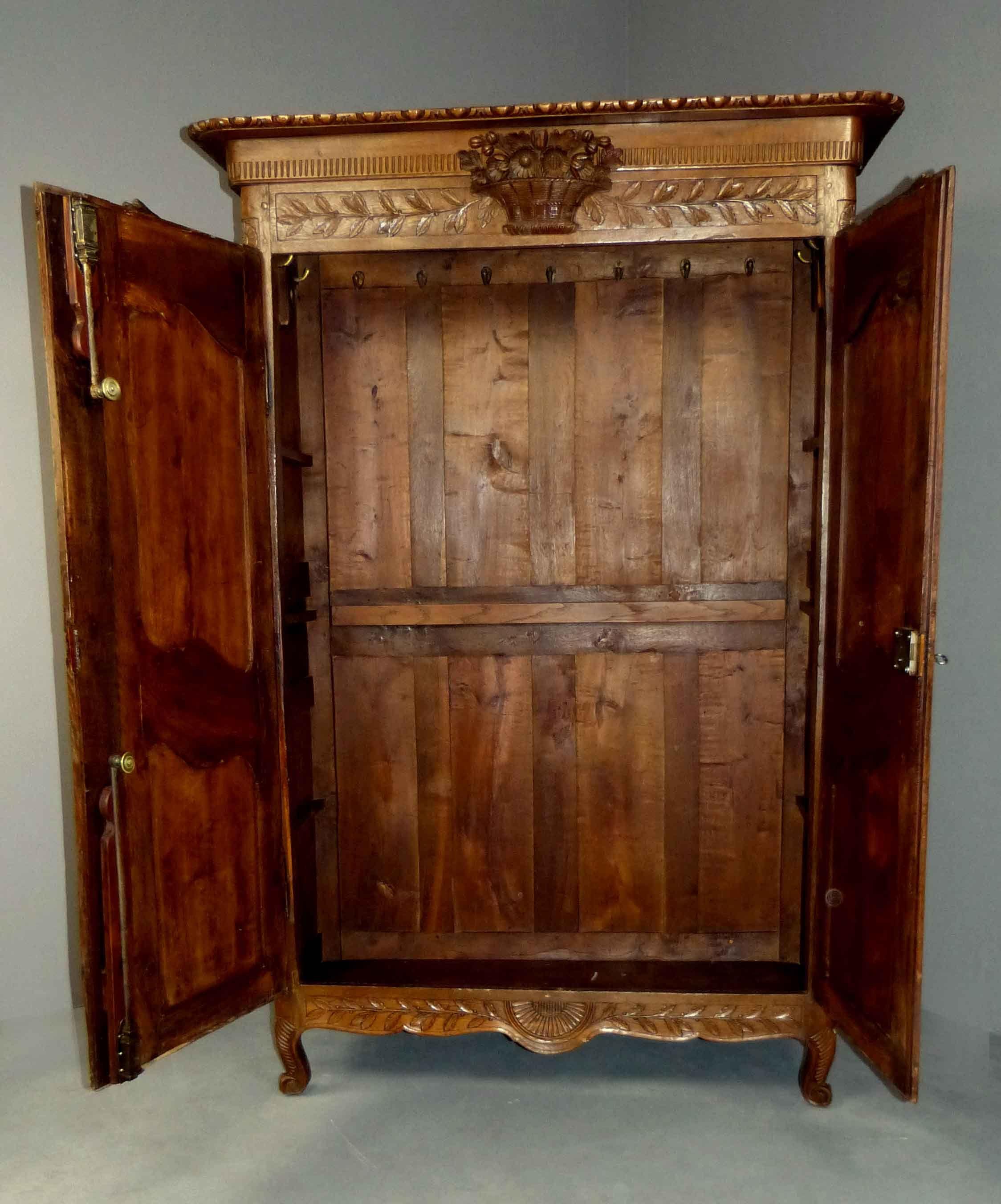 Fotos de roperos taringa for Fotos de muebles antiguos restaurados