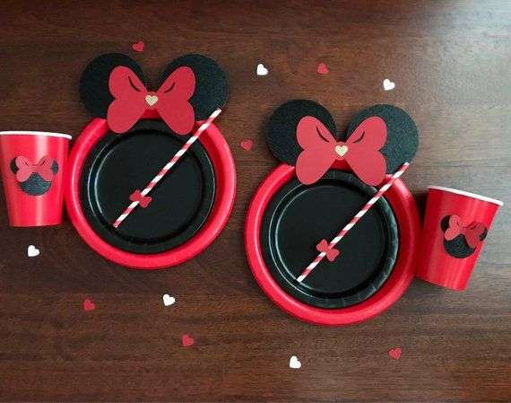 10 classic RED and Black Gold Glitter Minnie Mouse Birthday Table set plates straws cups 3d