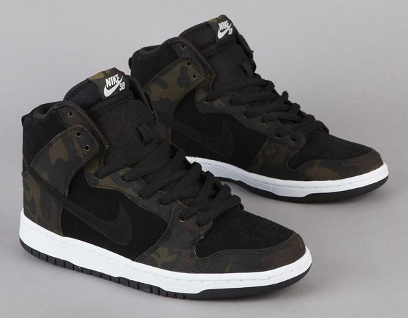 Nike SB Dunk High 'Camo'