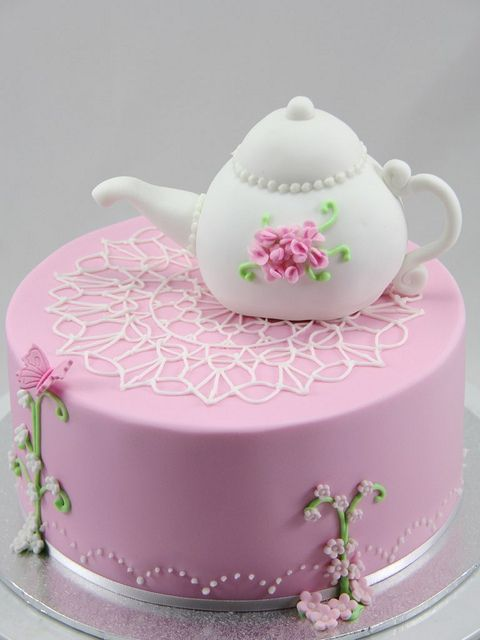 Cake with lace doily  teapot  #iinviteall #heirloomheaven