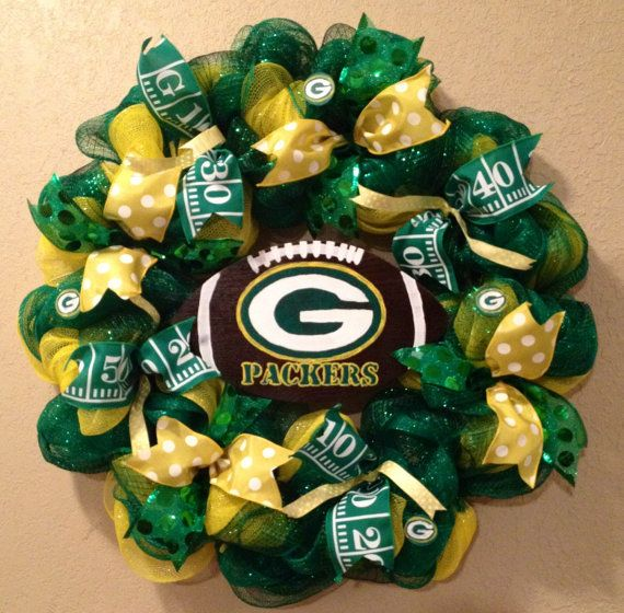 Green Bay Packers Wreath Green Bay Packers Decor Green Bay Wreath Football Wreath Green Ba Green Bay Packers Wreath Packers Wreath Green Bay Packers Crafts