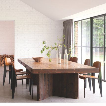 Un cottage ouvert sur la campagne Barn, Dining and Interiors