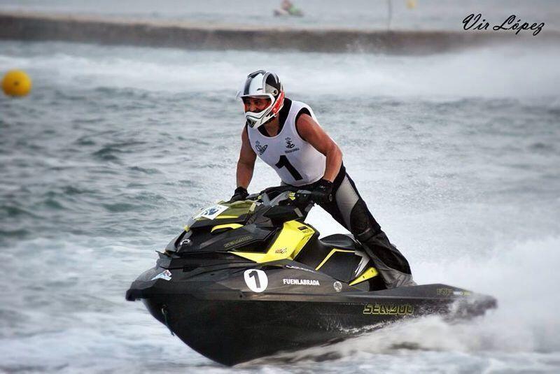 Juan Félix Bravo campeón de España y Paraguay de motonáutica. #Fuenlabrada. #deportesfuenla