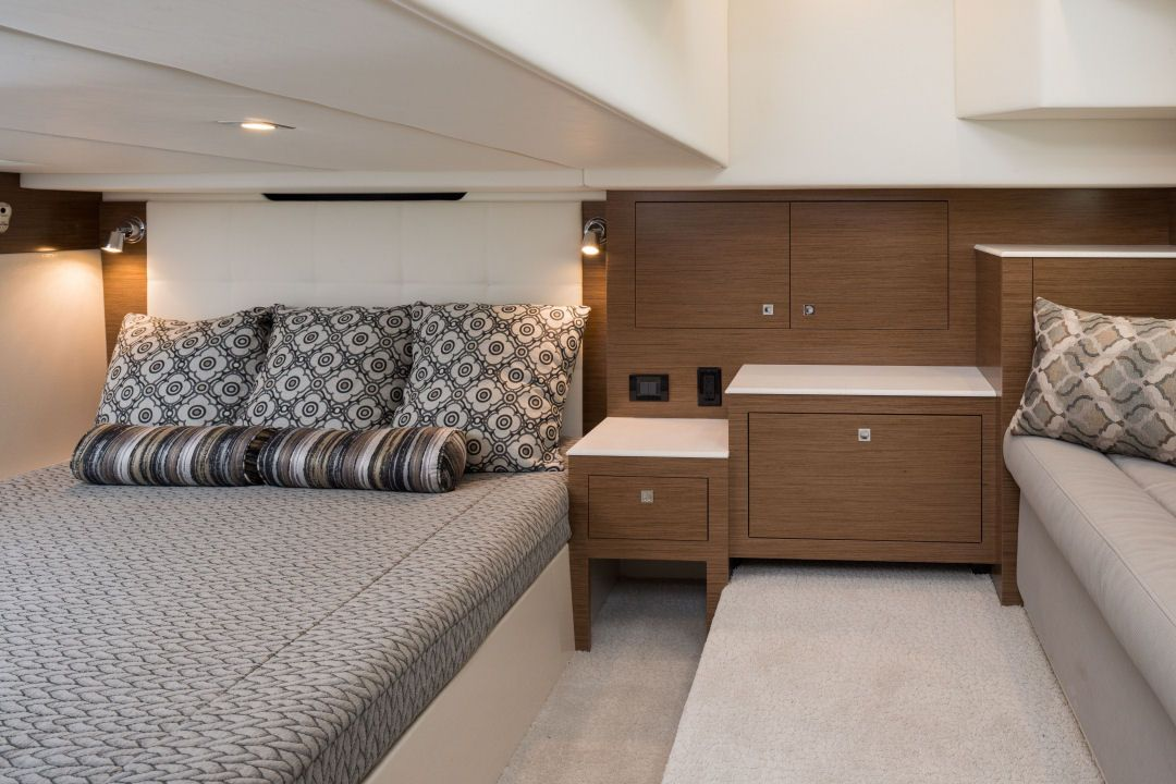 Cruisers Yachts 390 Express Coupe The Master Stateroom Has Been