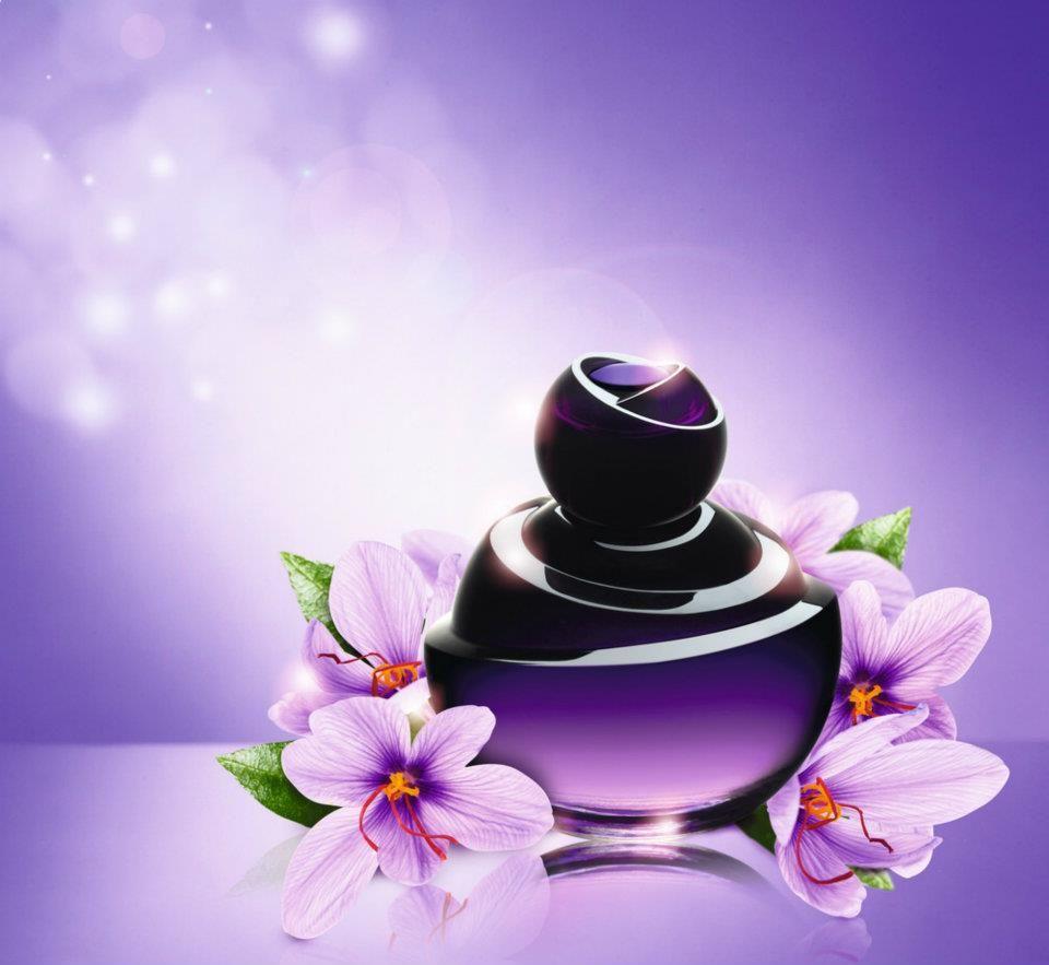 Dancing Lady Hypnotic Night Eau de Toilette by Oriflame. Aivan ihana tuoksu, jos tykkää vahvoista tuoksuista!♥ Rakastuin heti, ja käytänkin tätä nykyään paljon.