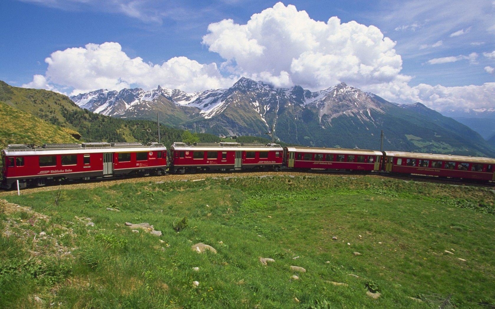 Bernina Express, Switzerland Red Train