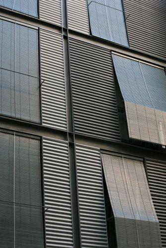 Painel e chapa metálica para fachada SINUS® - UMICORE BUILDING PRODUCTS ITALIA