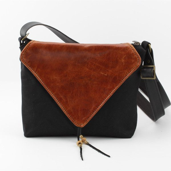 Envelope in Canvas & Leather