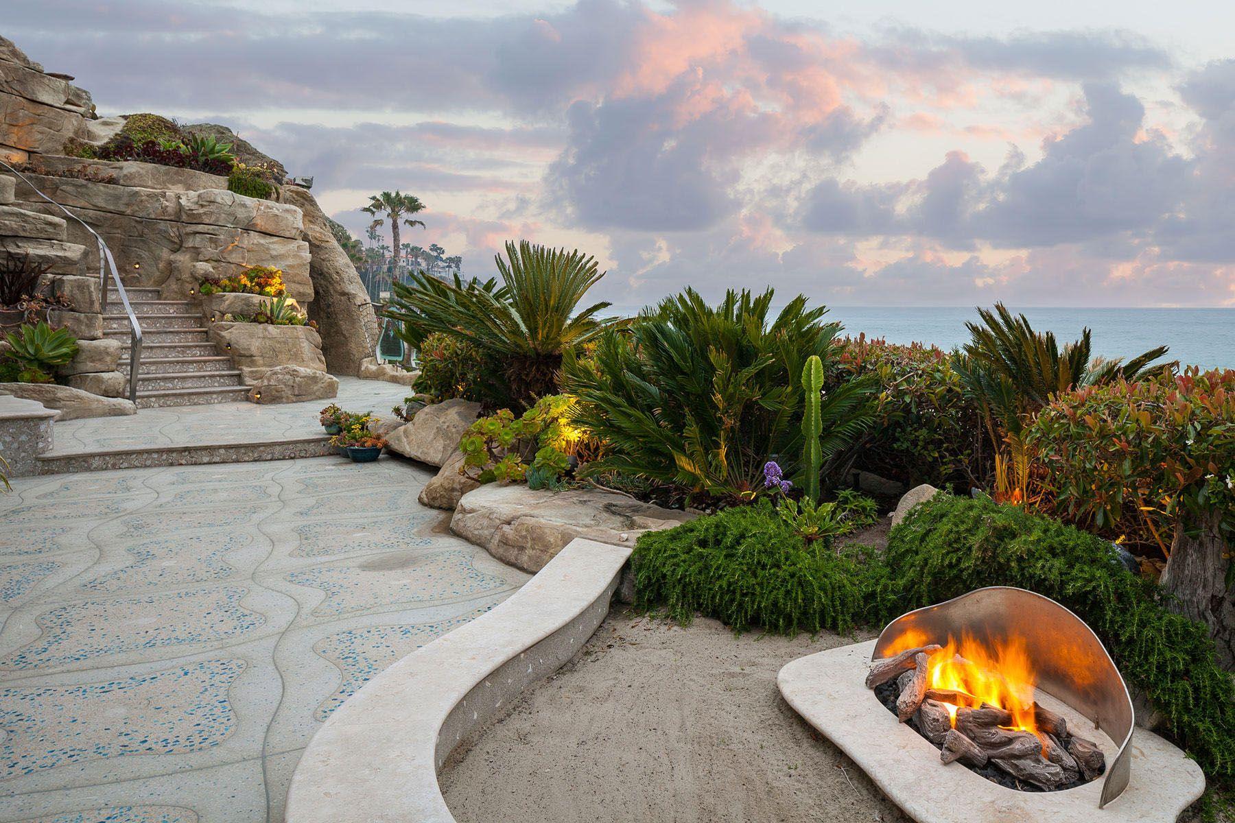 Whimsical Rock House In Laguna Beach House On The Rock Laguna