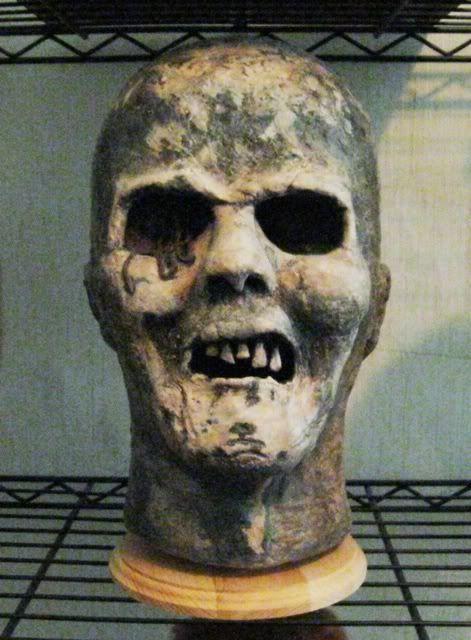 zombie Connor\u0027s Monsters n Zombies Pinterest Halloween forum - scary halloween props