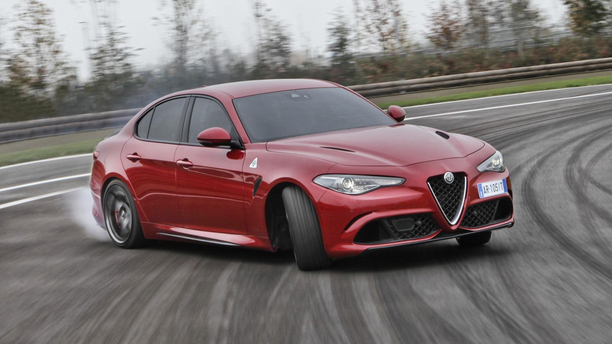 Motori alfa romeo giulia quadrifoglio test drive in pista ultime notizie