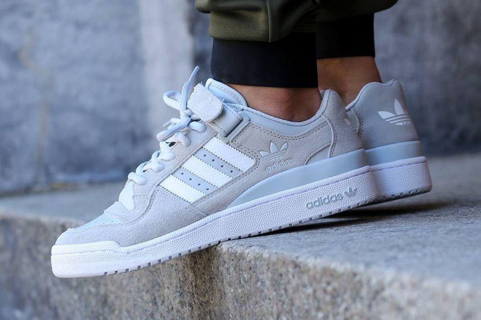 Adidas Welcomes Back The Forum Lo Sneakernews Com Sneakers Men Fashion Adidas Shoes Originals Sneakers