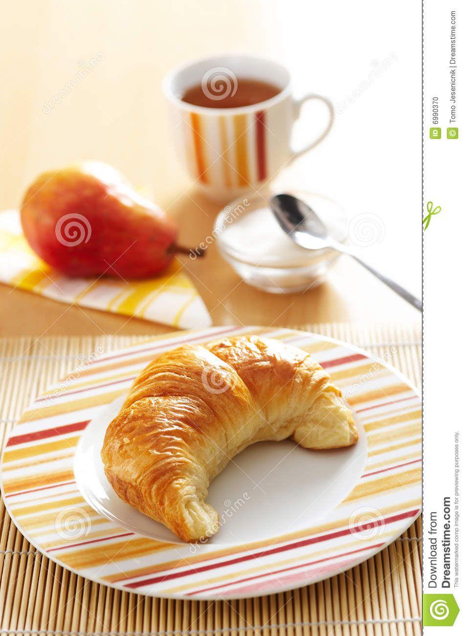 Risultati immagini per croissant francese