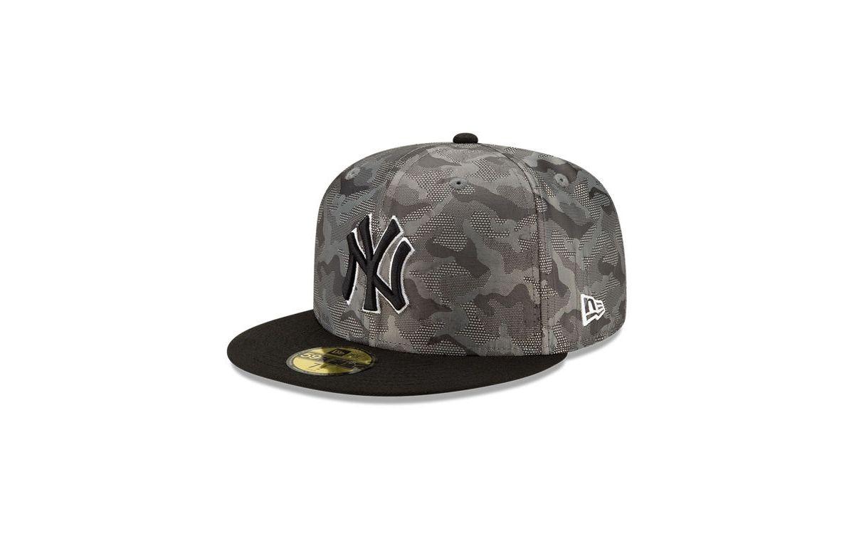 New Era New York Yankees Ghost Camo 59fifty Cap Reviews Mlb Sports Fan Shop Macy S In 2021 New York Yankees New Era Camo Designs