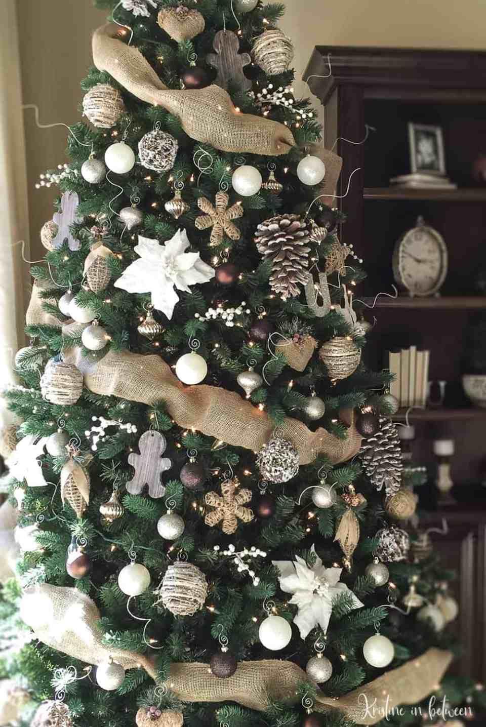 Christmas Tree Decor Ideas , Blogmas Day 9