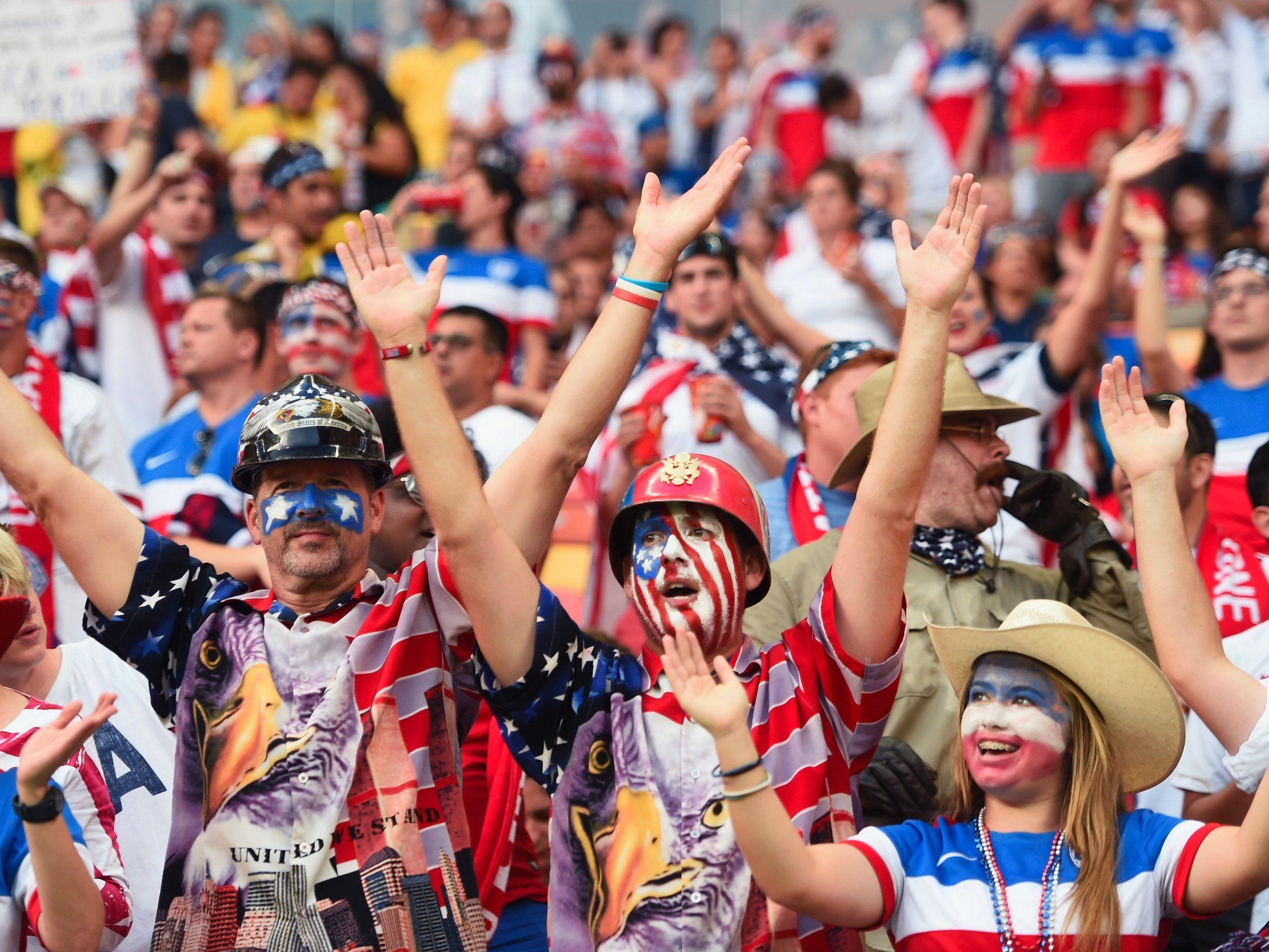 United States Fans At The World Cup Coupe Du Monde Coupe Du Monde 2014 Sportif