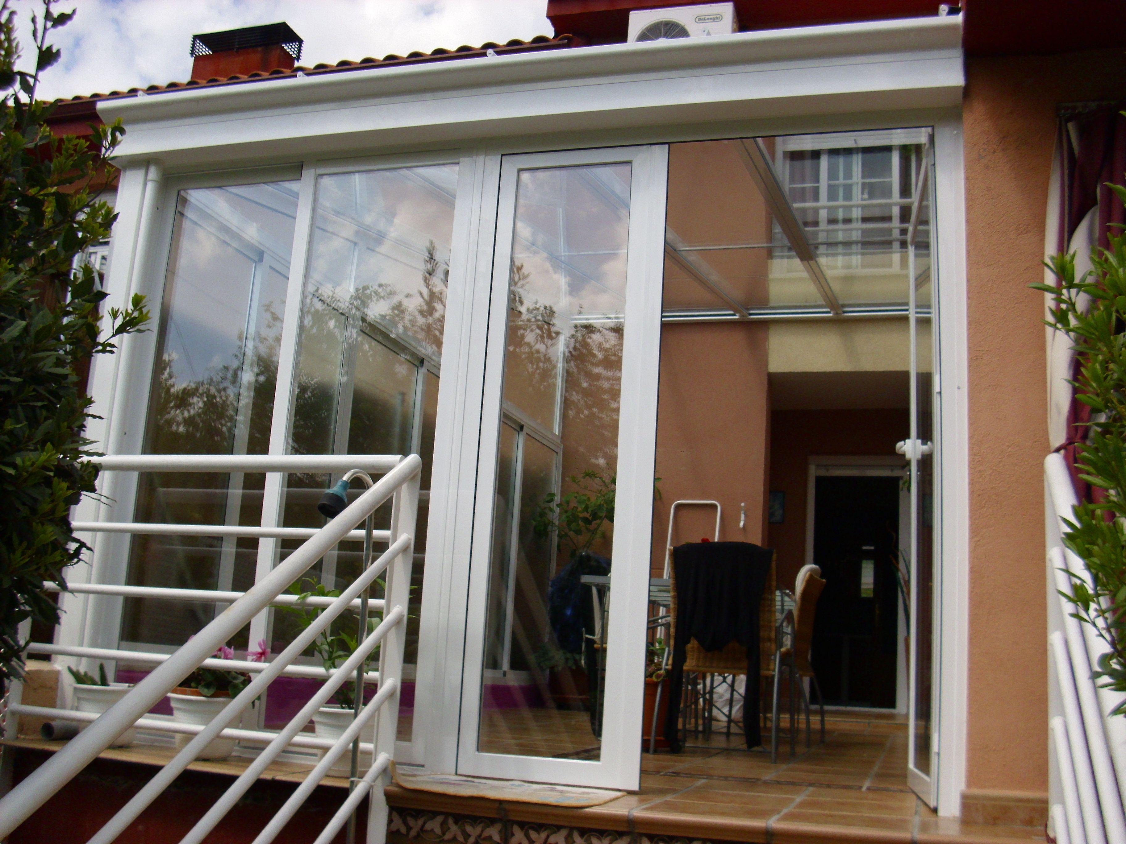 Cerramientos de cristales acristalamientos y cerramientos para terrazas y porches los - Cerramientos de aluminio para porches ...