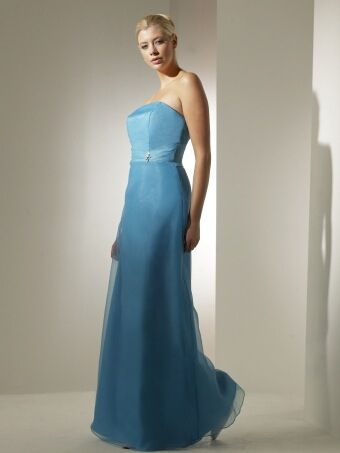 Truebride bridesmaids are available in over 60 colours.