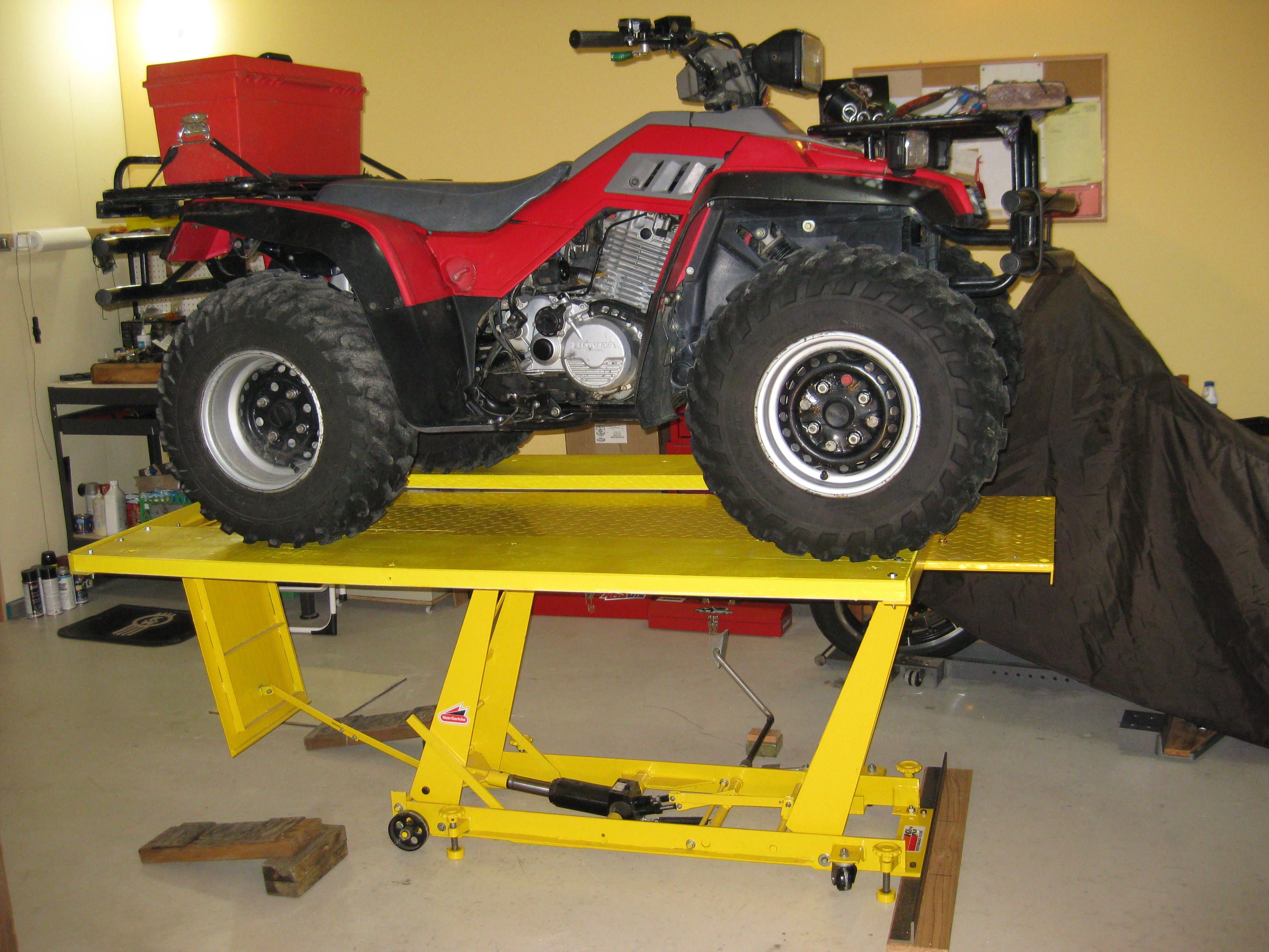 Harbor Freight Mower : Homemade lawn mower lift table ftempo