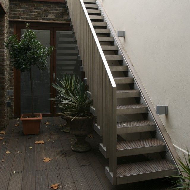 Exterior design narrow outside metal stair design how to for Exterior standalone retail