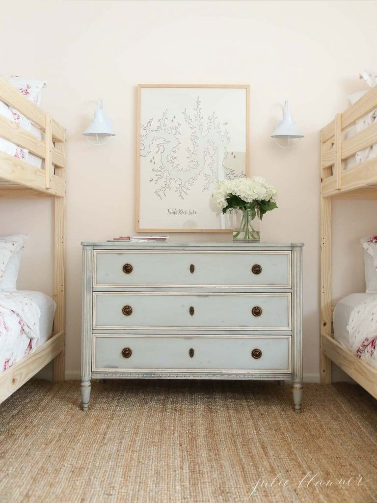 These Home Improvement Tips Are Going To Take Your Old Home Into The New Decade Get Simple Actionable Diy In 2020 Wood Bunk Beds Bunk Bed Rooms Solid Wood Bunk Beds