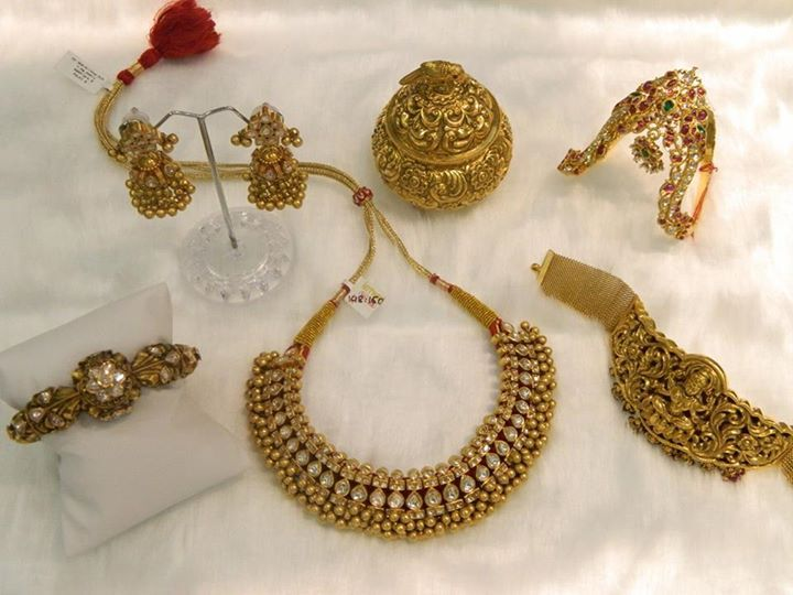 22Kt Gold Jewellery India
