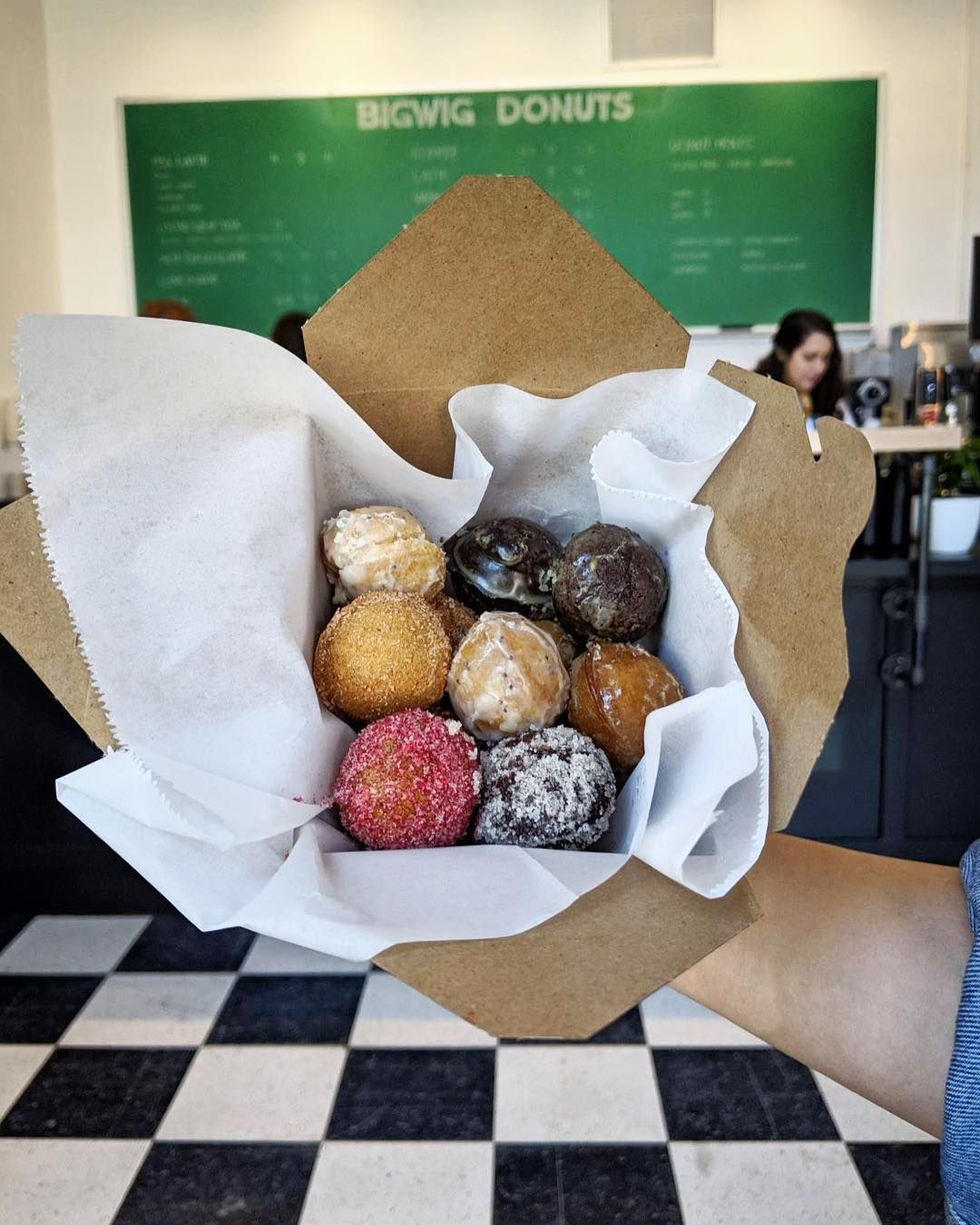 Bigwig Donuts' downtown Salem storefront is open! You'll
