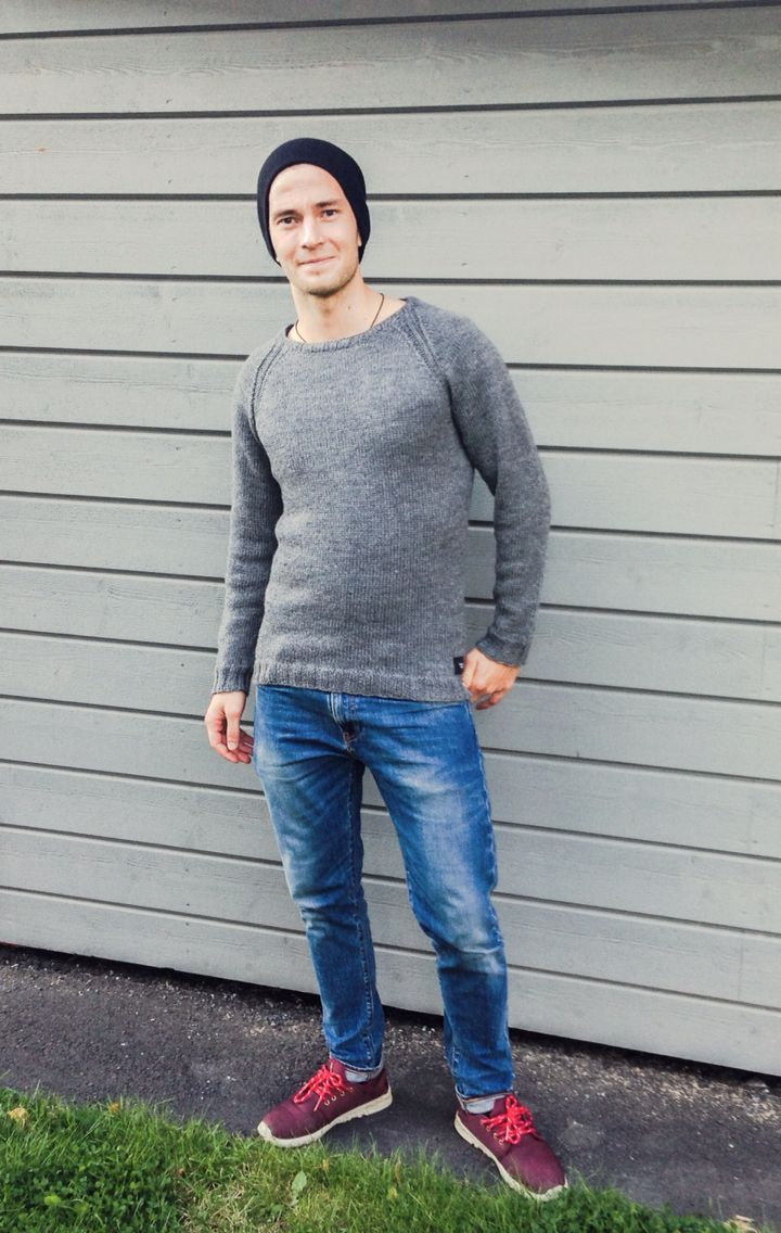 LÄMMIN ILO knitted mens sweater