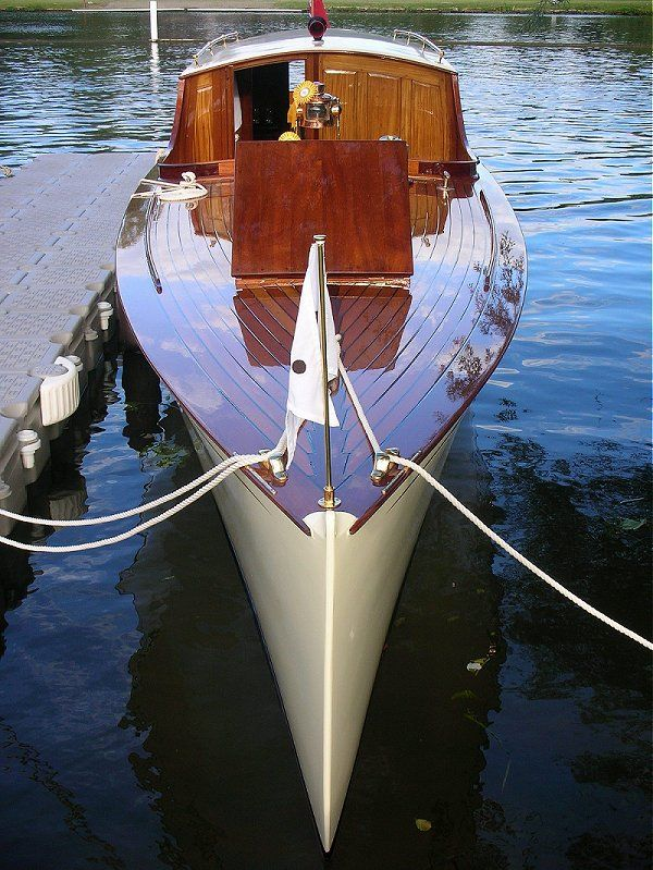 Speed Boats Classic Boat Sales And Charter Near Henley Marlow