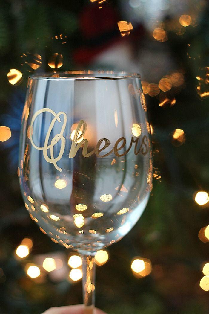 Taça de vinho personalizada                                                                                                                                                                                 Mais