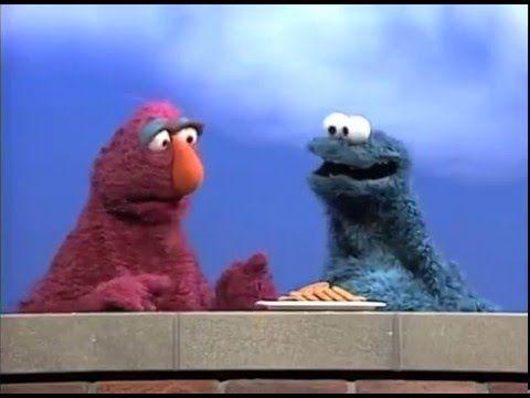 Grover Elmo Cookie Monster Telly From Sesame Street Perform Tha Crossroads By Bone Thugs N Harmony Sesame Street Thug Muppets
