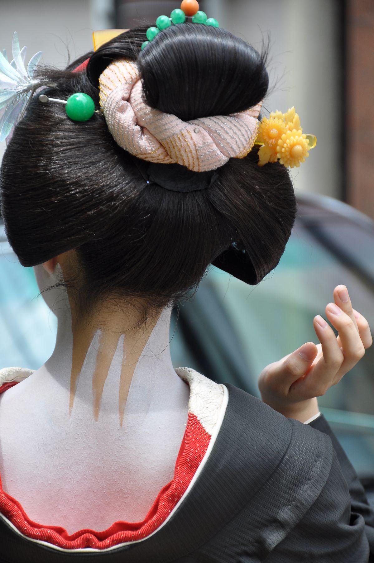 Maiko - Yakko Shimada Hairstyle