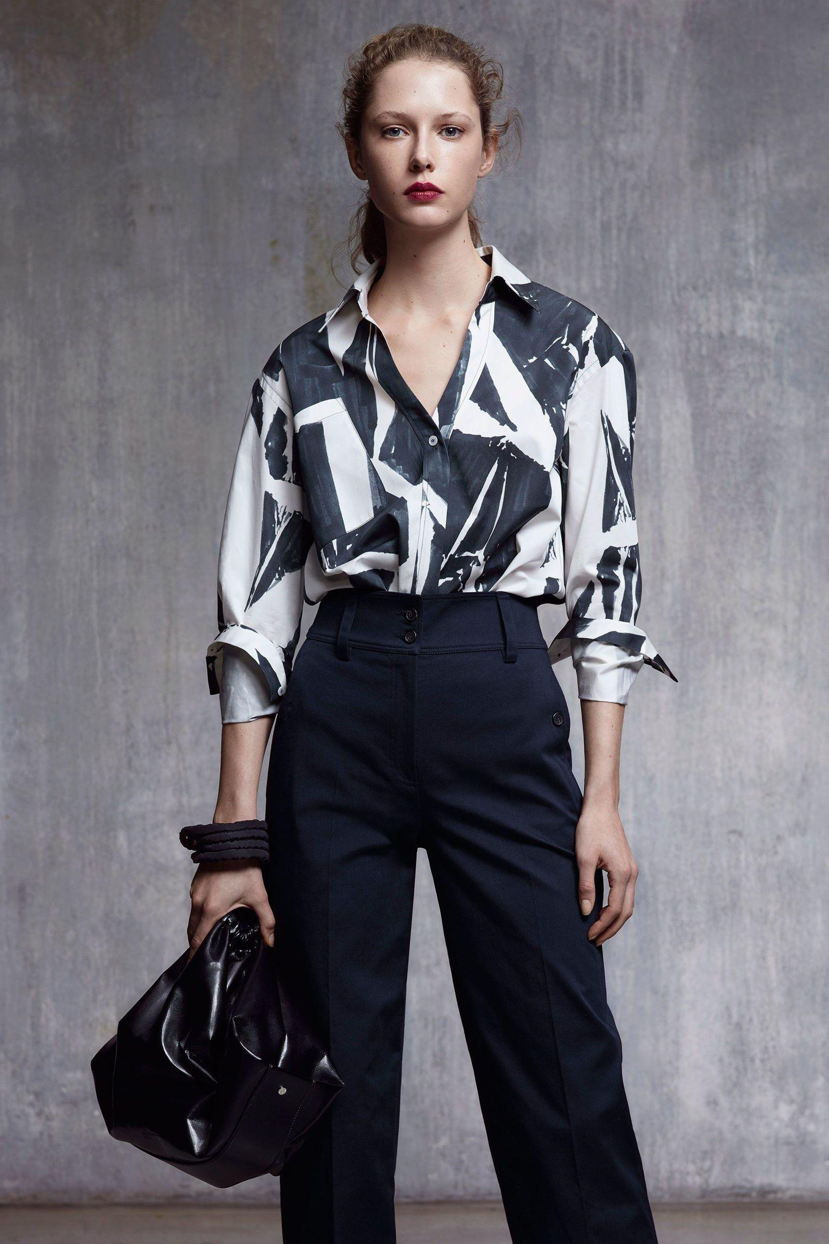 Jil Sander Navy Autumn/Winter 2017 Ready to Wear Collection | British Vogue