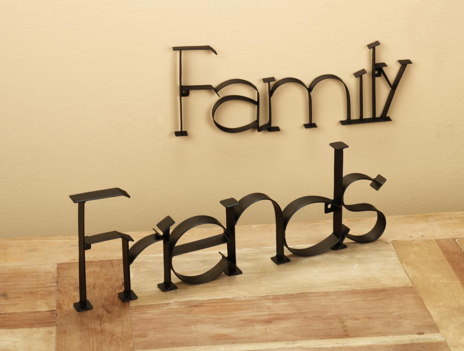 They Mean The World To Me 3 Friends Day Place Card Holders