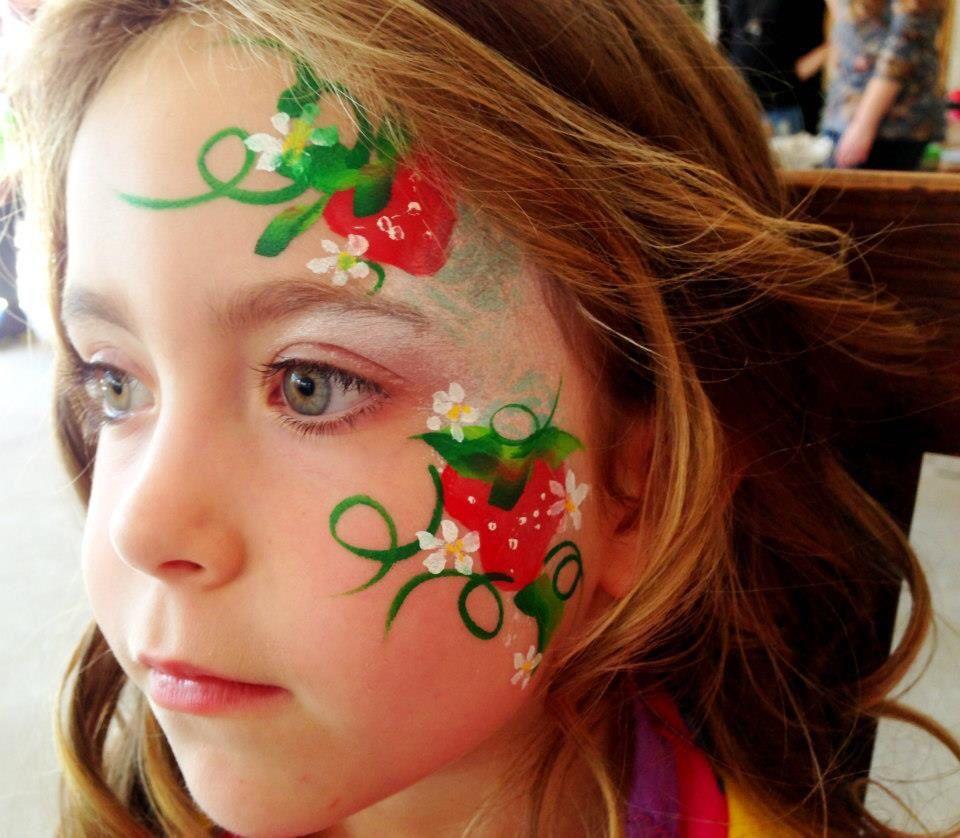 Strawberry Shortcake X Fancy Faces By Kaz Facepaint Kinder Schminken Fasching Schminken Kinderschminken