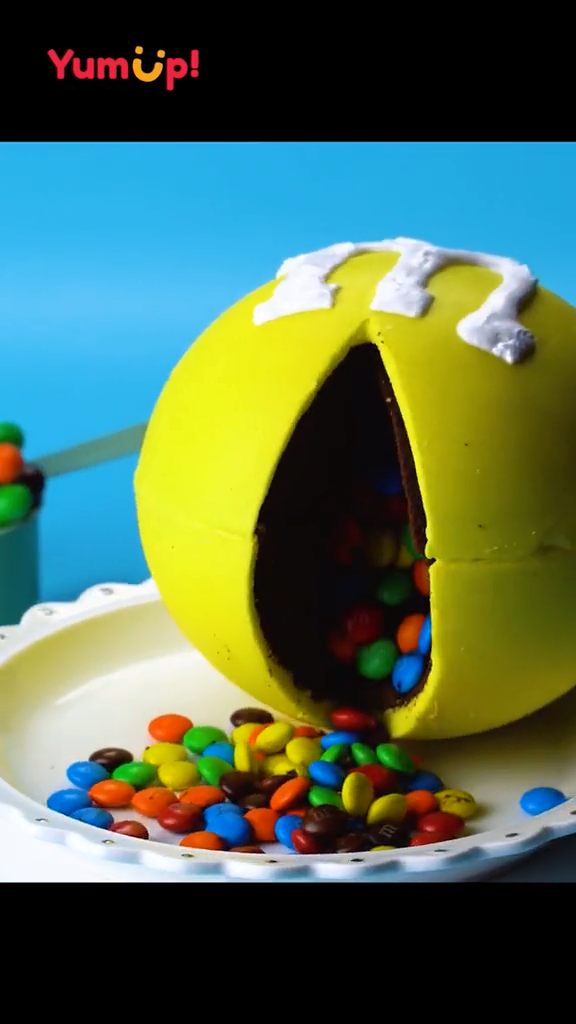 Too much M&M's in M&M's ball