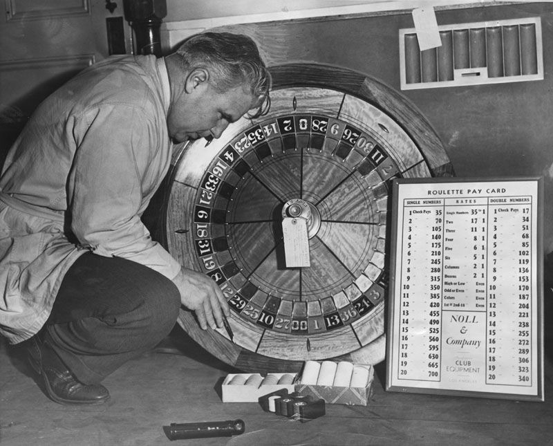 1942. Roulette wheel wired. Los Angleles Public Library archive.