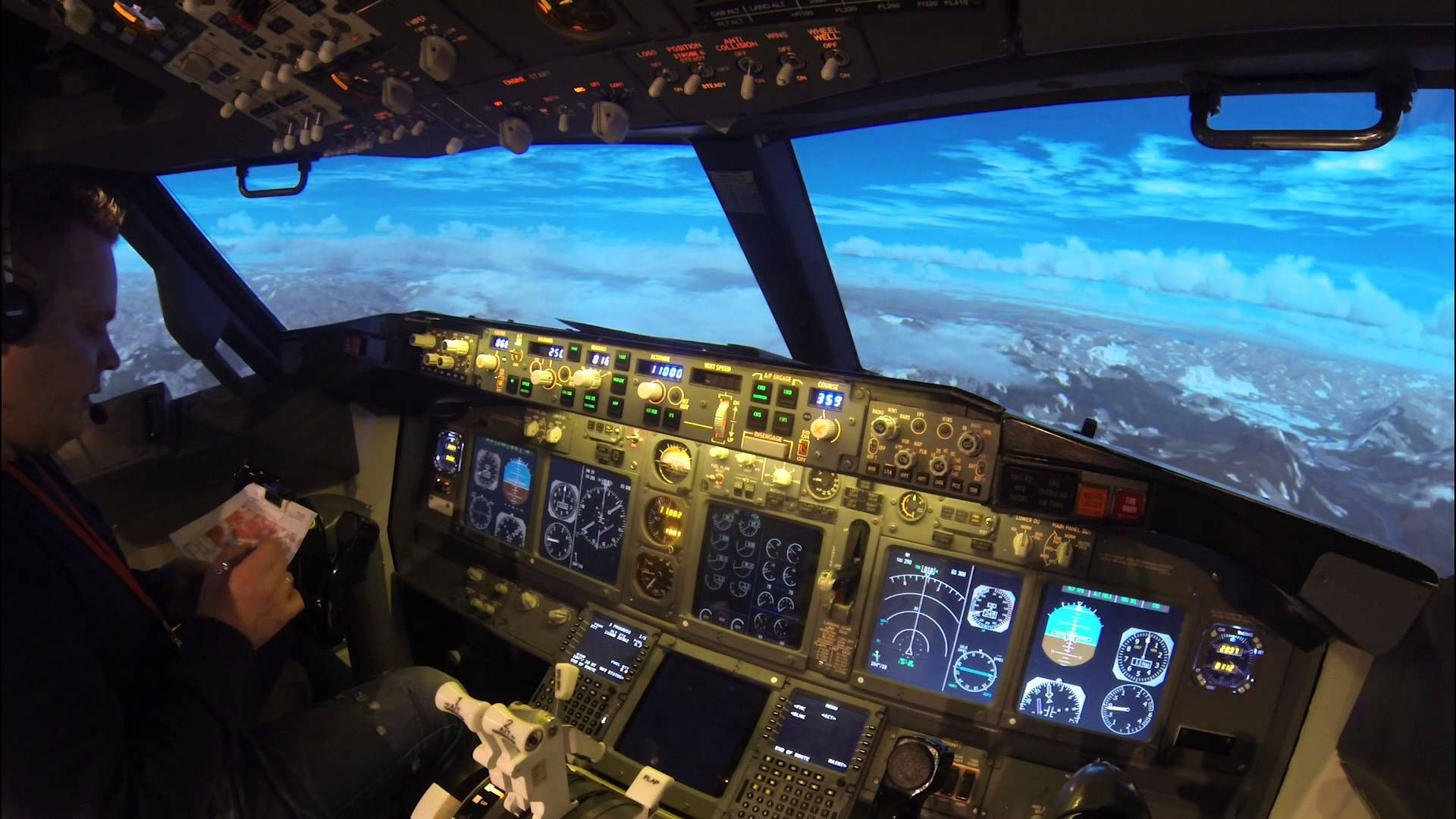 Approaching Innsbruck in a Boeing 737-800 Simulator