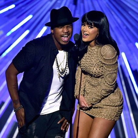 August 30, 2015 - Kylie and Ne-Yo presenting at the 2015 MTV Video Music Awards in Los Angeles, CA