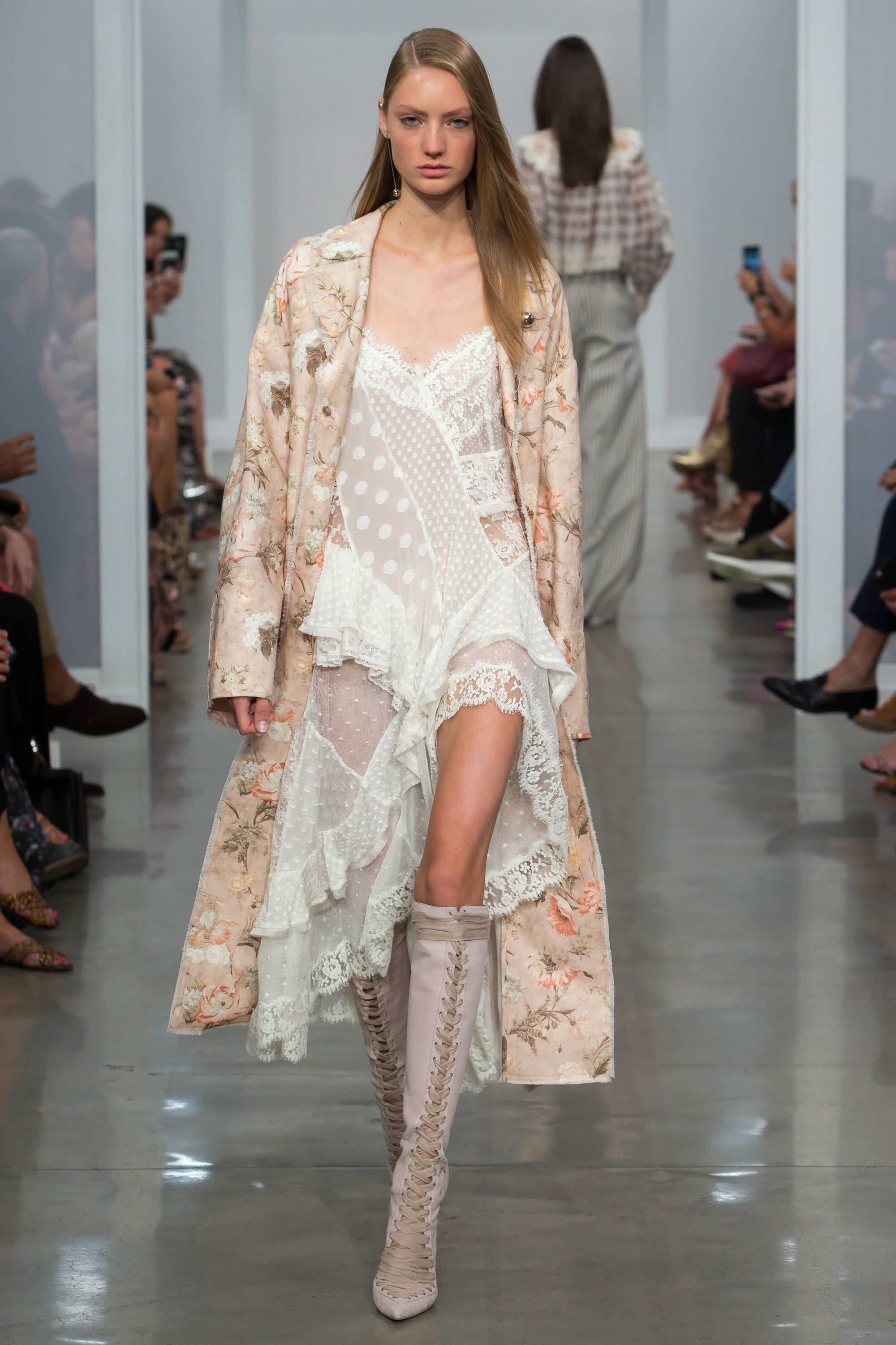 Zimmermann spring 2017 ready to wear fashion show runway for Zimmermann buro