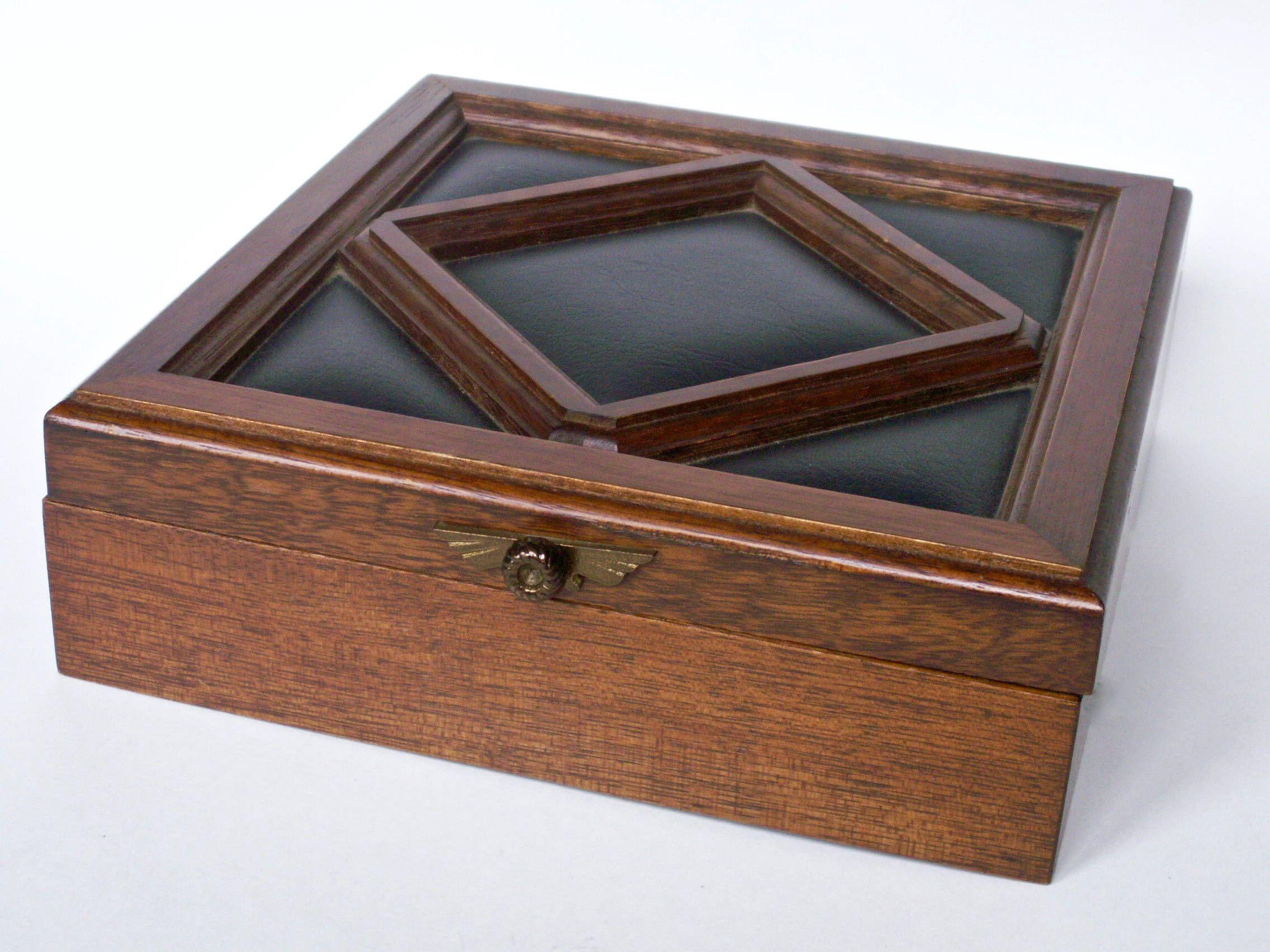 Vintage Mens Mid Century Wood Jewelry Box Dresser Valet Black Padded