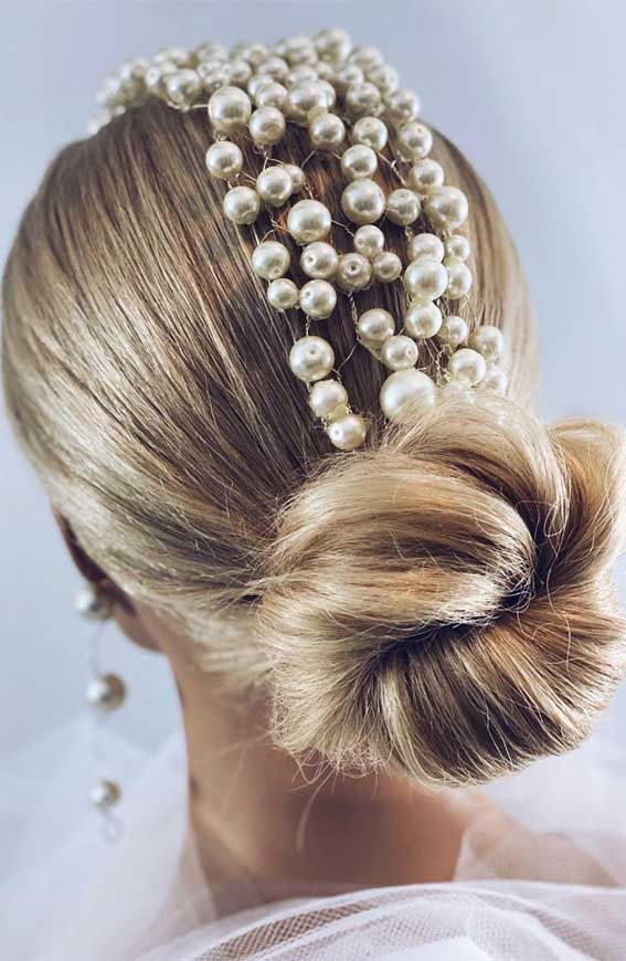 Updo Hairstyles that modern, creative, elegant and gorgeous