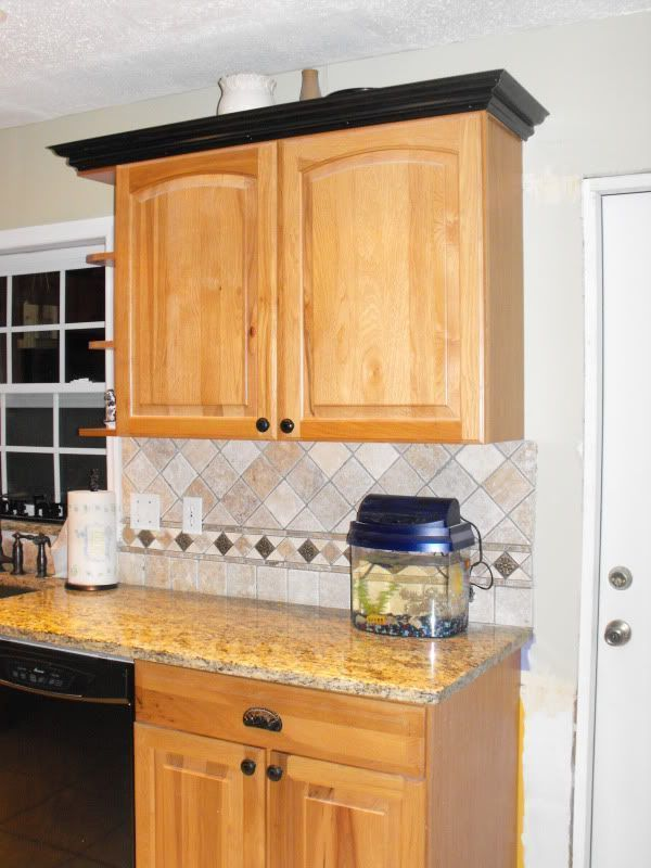 45 Kitchen Ideas Dark Cabinets Crown Moldings - SILAHSILAH ...