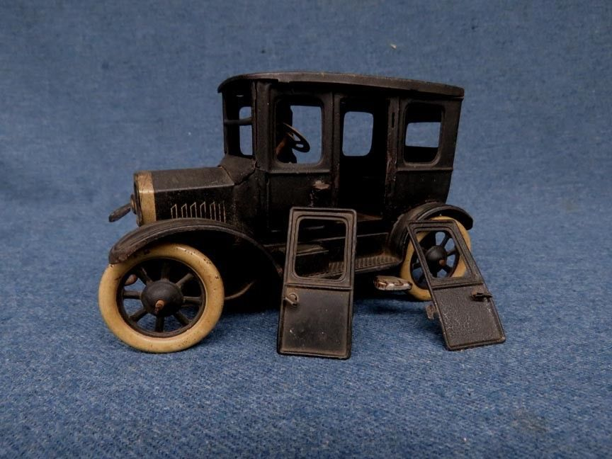 Vintage Marx Tin Lizzie Ford Model T Wind Up Key Car As Shown